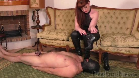 FemmeFataleFilms - Miss Zoe - Boot Worship Day - Part 3 (HD/720p/61.6 MB)