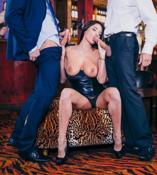 Killergram - Anissa Kate - Gold Digging Strippers (HD/720p/894 MB)