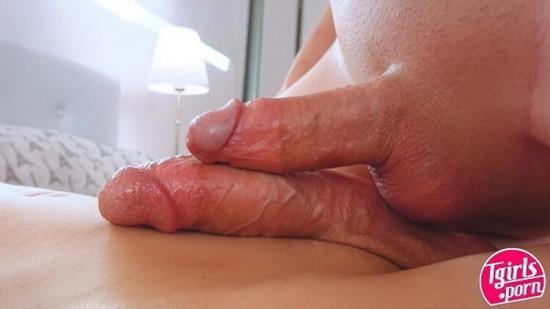 TGirls.Porn - Nicole Knight, Scarlet Rose - Hardcore (HD/720p/1.19 GB)