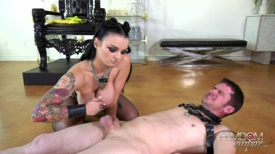 ViciousFemdomEmpire - Mistress Payton - Bruised And Battered Balls (FullHD/1080p/1.00 GB)