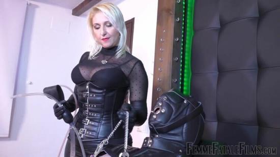 FemmeFataleFilms - Mistress Johanna - Tube Of Smoke - Super Hd - Part 2 (FullHD/1080p/329 MB)