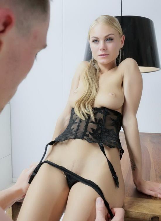 TheWhiteBoxxx/PornDoePremium - Nancy A - Stunning Ukrainian blonde Nancy A gets cum on ass in sensual quickie (HD/720p/337 MB)