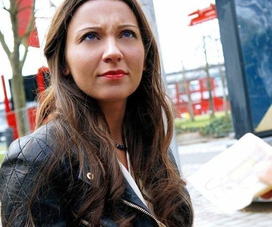 PublicPickUps/Mofos - Julie Skyhigh - Belgian Slut Gets Freaky (FullHD/1080p/3.30 GB)
