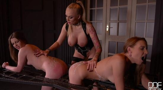DDF NETWORK - KAYLA GREEN, LIONA LEVI, LULU LOVE - SMOKING-HOT: SPARTAN TEENS ASSFUCKED BY BUSTY DOMINATRIX (HD/720p/1.42 GB)