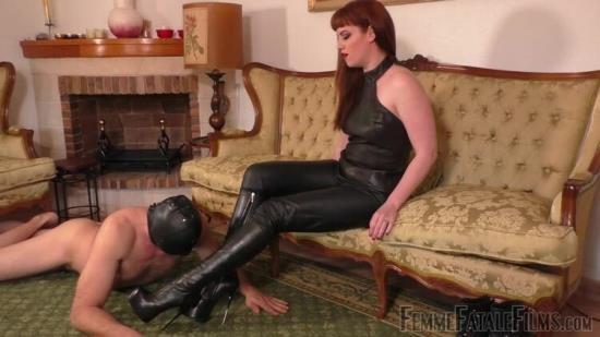 FemmeFataleFilms - Miss Zoe - Boot Worship Day - Part 2 (HD/720p/56.0 MB)