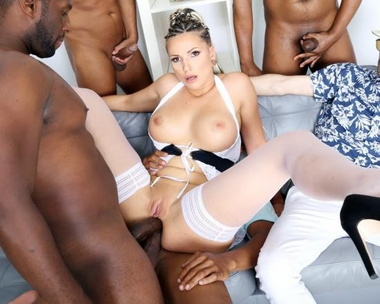 LegalPorno - Jolee Love - Cuckold Dream, Jolee Love Gets A Surprise From Her Man, 4 BBC For Balls Deep Anal, DAP, Gapes And Swallow GIO1548 (HD/1.91 GB)