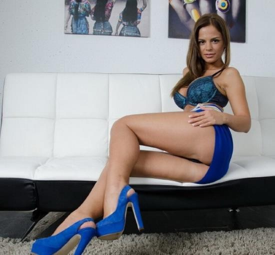 MiPrimerPorno/Culioneros - Black Angelika - Amateur Shoots Her First Porno (HD/720p/590 MB)