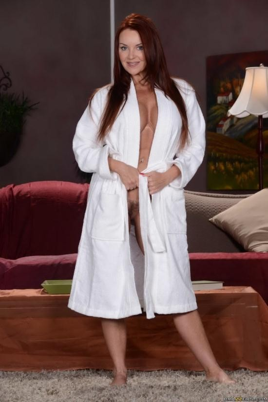 DirtyMasseur.com/Brazzers.com - Janet Mason - Mother's Day Massage (FullHD/1080p/4.03 GB)