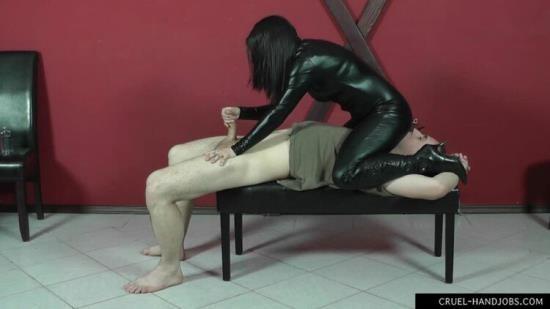 HandjobsMistress - Mistress Sophie - Needy Slave (HD/720p/405 MB)