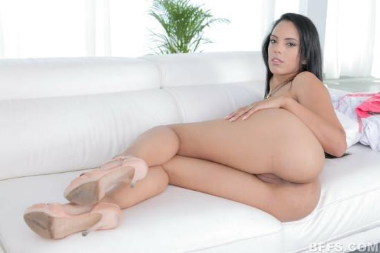 OyeLoca/TeamSkeet - Katrina Moreno - Midame La Pinga (FullHD/1080p/3.63 GB)