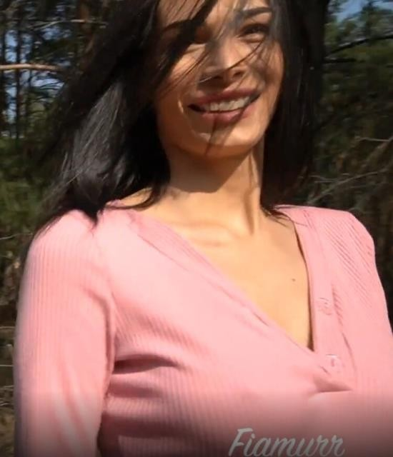 Pornhub - Fiamurr - Young Beautiful Nympho Likes to Suck a Big and Hard Dick by the Road (FullHD/1080p/141 MB)