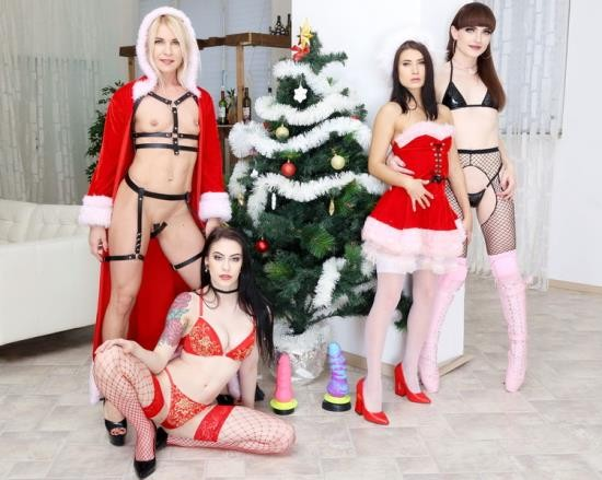 LegalPorno - Anna de Ville - WTFucking XMAS 1 Anna de Ville, Nicole Black Sindy Rose get fucked by Natalie Mars and Monster Toys GIO1310 (FullHD/1080p/3.46 GB)
