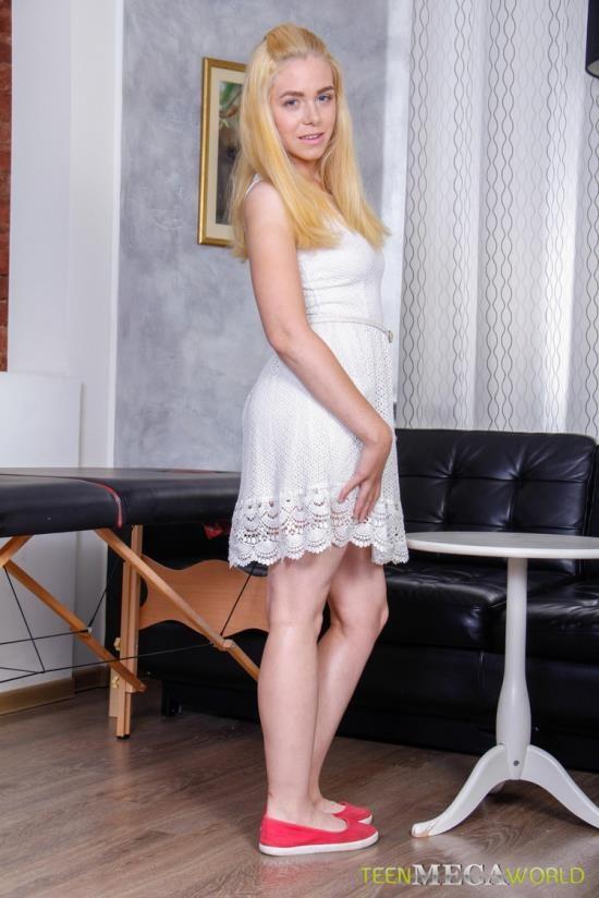 TrickyMasseur/TeenMegaWorld - Katti Gold - Sweet Blonde Gets All Holes (FullHD/1080p/2.31 GB)