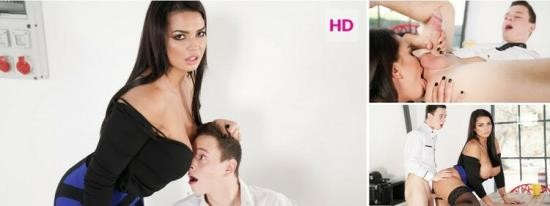 GirlsRimming - Chloe Lamour - First Day At Work (HD/720p/1.45 GB)