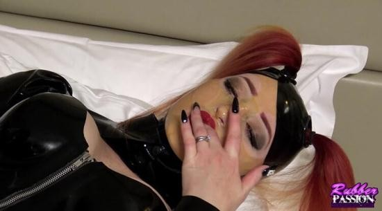 Rubber-Passion - Latex Lucy - Dressing in Latex Series 1 Zara Du Rose Pt2 (HD/720p/441 MB)