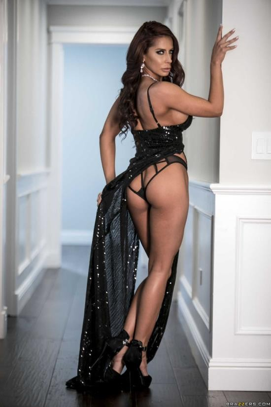 BrazzersExxtra/Brazzers - Madison Ivy - The Greatest Gift Of All (FullHD/1080p/1.71 GB)