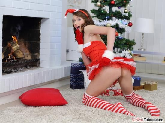 VirtualTaboo - Stacy Cruz - All She Wants For Christmas Is Your Cock (HD/960p/3.15 GB)
