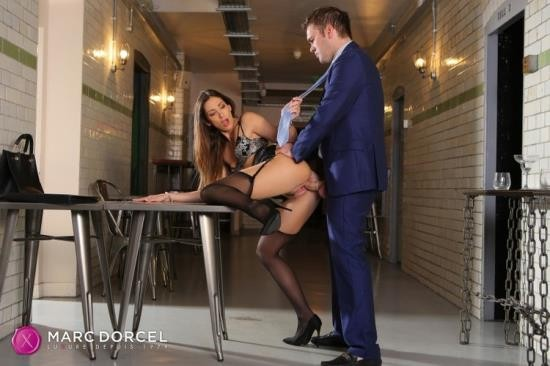 DorcelClub - Clea Gaultier - Clea Gaultier Clea Gaultier shows her assets off (FullHD/1080p/384 MB)