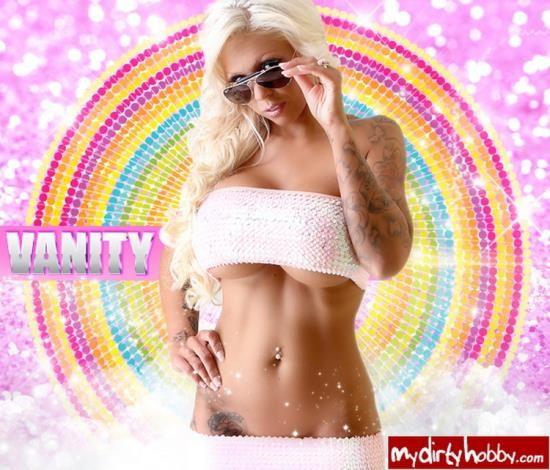 MyDirtyHobby - VANITY - OPEN AIR FREE GANG BANG! (HD/720p/267 MB)