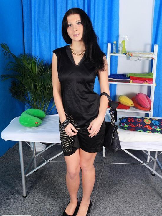 HDMassagePorn/WTFPass - Olga - 20-year-old Olga goes for hot massage fuck (HD/720p/839 MB)