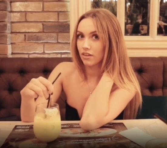 PornHub/PornHubPremium - LuxuryGirl - Cute Young Girl Sucking Cock And Swallow Cum In Public Restroom (FullHD/1080p/172 MB)