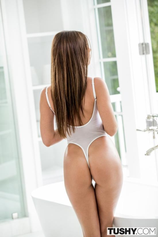 Tushy - Little Caprice - Gaping For My Husbands Boss (FullHD/1080p/2.60 GB)