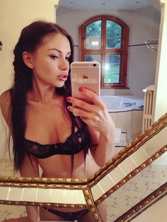 RealAgent.xxx - Sasha Rose - POV Porn Breakthrough (FullHD/1080p/597 MB)