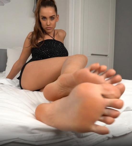 PornHub/PornHubPremium - LuxuryGirl - Stockings Footjob (FullHD/1080p/261 MB)
