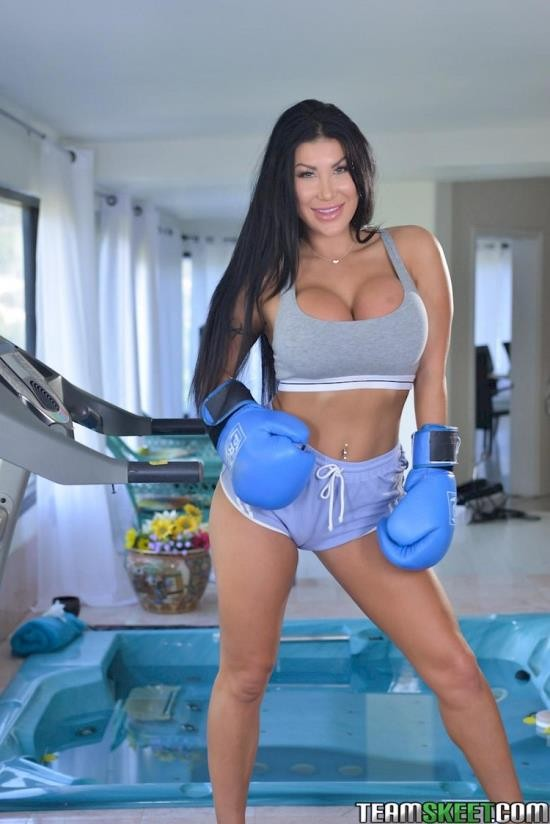 TheRealWorkout/TeamSkeet - August Taylor - Hottest Workout Ever (FullHD/1080p/2.80 GB)