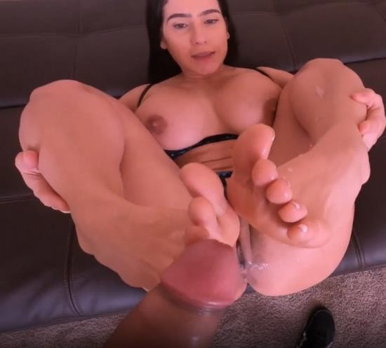 Pornhub - yinyleon - Fit MILF Bounces her Big Tits while Riding a Fit Guy s Big Dick (FullHD/1080p/183 MB)