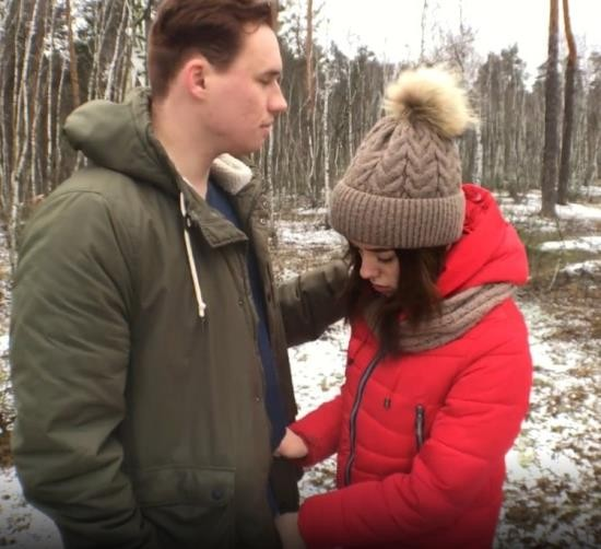 Pornhub - ADOLFxNIKA - Bitch Asks for Cum in his Mouth right in the Forest and can no Longer Wait (FullHD/1080p/259 MB)