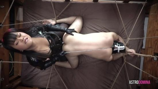 Astrodomina - Astrodomina - Pegged In A Web Of Ropes Feat Astrodomina (FullHD/1080p/942 MB)