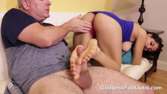 GoddessFootjobs - Gabriela Lopez - Manipulating Him (FullHD/1080p/560 MB)