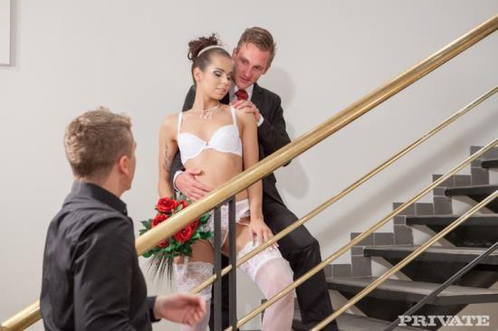 Private - Ferrara Gomez - See The Wedding Album of Ferrara Gomez (HD/720p/448 MB)