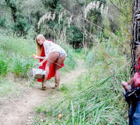 BigTitCreamPie/BangBros - Lexi Lowe - Big tit creampie outsides in the woods (HD/720p/637 MB)