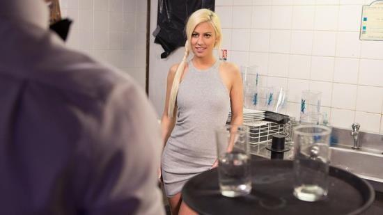 DorcelClub - Jessie Volt, Mia Malkova - Slutty Jessie prefers Anal Sex (FullHD/1080p/282 MB)