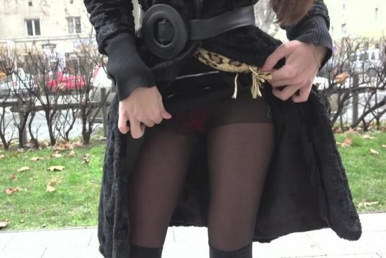 PublicPickUps/Mofos - Carry Cherri - Russian MILF Flashes Her Panties (SD/480p/412 MB)