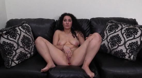BackroomCastingCouch - Hollie - Hollie (FullHD/1080p/4.79 GB)