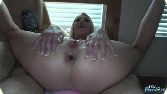 POVPornstars - Gia Love - Blonde Milf Gia Love gets fucked in her ass on sons bed (SD/400p/268 MB)