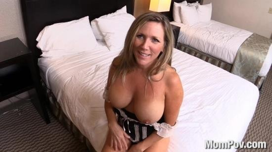 MomPov - Kassie - Hot blonde bonus creampie video (HD/720p/1.23 GB)