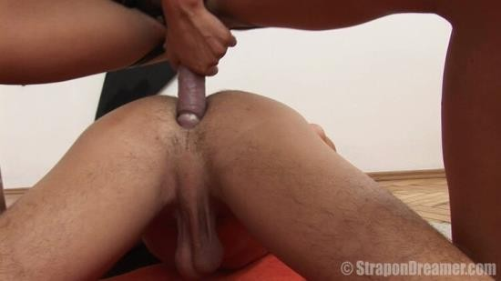 StraponDreamer - Billy - Passionate First Time (HD/720p/531 MB)
