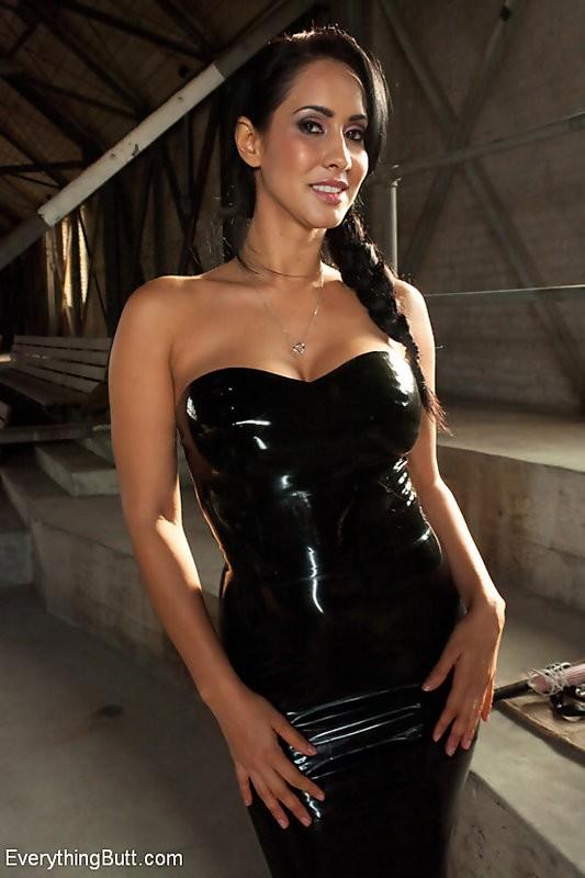 EverythingButt/Kink - Sarah Shevon, Isis Love - Extreme Anal Fisting: Sarah Shevon (HD/720p/2.11 GB)