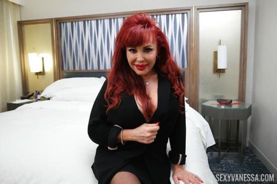 SexyVanessa/PornstarPlatinum - Sexy Vanessa - In Cock Sucking In LA (UltraHD 4K/2160p/713 MB)