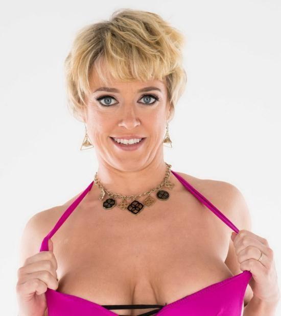 BigWetButts/Brazzers - Dee Williams - Bounce That Bubble Butt (HD/720p/1.70 GB)
