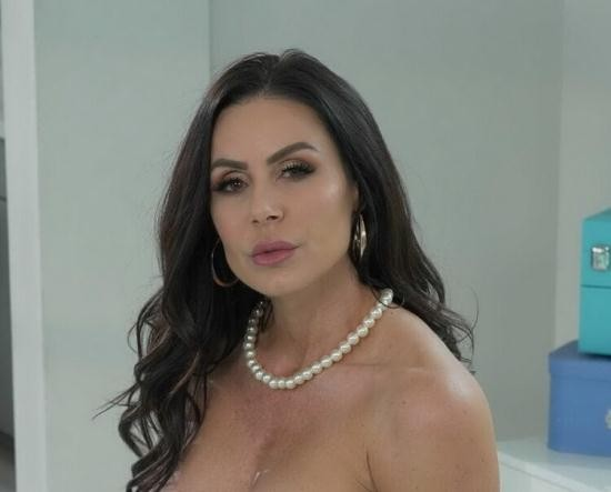 MommyGotBoobs/Brazzers - Kendra Lust - Giving Stepmom What She Wants (HD/720p/716 MB)