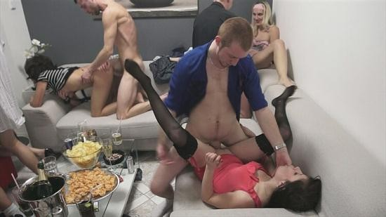 CzechMegaSwingers/CzechAV - Swingers - Mega Swingers 17 part 5 (SD/396p/349 MB)