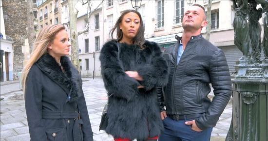 JacquieEtMichelTV/Indecentes-Voisines - Tiffany, Cassie - Plan tres chaud entre Tiffany et Cassie (FullHD/1080p/1.18 GB)