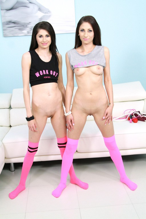 LegalPorno - Nicole Sweet, Sindy Sweet - Nicole Sweet Sindy Sweet real SISTERS anal DP 4some for Legal Porn SZ1348 (HD/720p/1.29 GB)