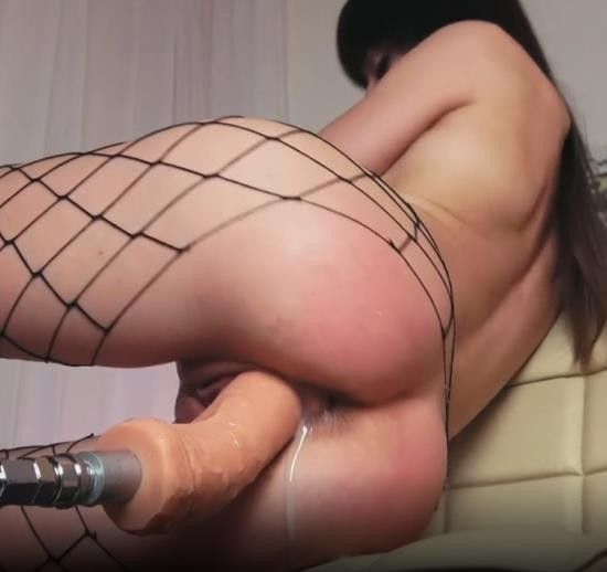 Chaturbate - NatalieFlowers - Fast Multiple Squirt Orgasm with Sex Machine (FullHD/1080p/297 MB)