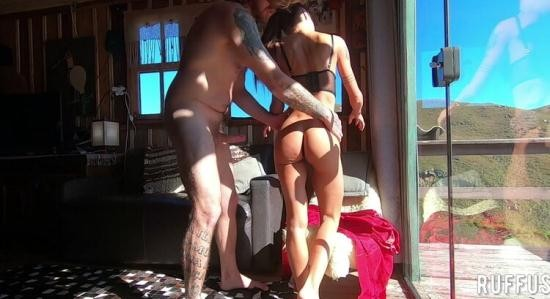 Pornhub - BobbyRuffus ( Ana Rothbard ) - Wonderful Brunette Giving the very Tasty Ass in the Mountain House (FullHD/1080p/286 MB)